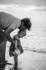 Fatherhood (KanteTelemaque) Tags: france beach streetphotography plage channel calais manche