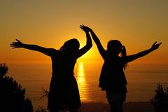 base de maquillaje (60/2014) (algoenelojo) Tags: sunset sol crepusculo oia atlntico 2014