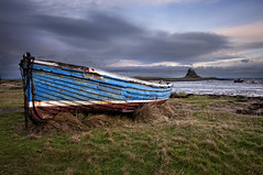 A boat and a castle on an Island. (Elidor.) Tags: sky castle island coast boat northumberland northeast holyisland lindisfarne d90 elidor