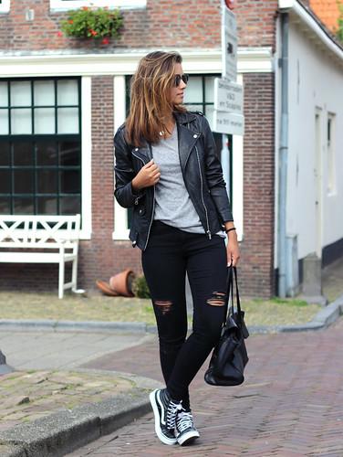 Outfit-vans-sk8-hi-slim-black - a photo on Flickriver 835dcb679