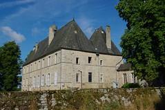 Darnets, chateau de Lieuteret (Corrèze) (Mallessoute) Tags: france monument architecture histoire 19 château corrèze manoir patrimoine lieuteret darnets maisonforte