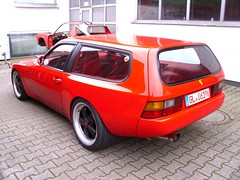 Porsche 944 Cargo (dp-motorsport) 1988-90 (Zappadong) Tags: auto classic car design automobile voiture cargo coche porsche classics dp oldtimer oldie carshow 944 motorsport plastik youngtimer automobil dpmotorsport 198890 oldtimertreffen zappadong
