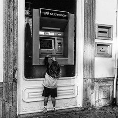 Give me money! (Vince_Ander) Tags: street city people blackandwhite bw white black paris portugal monochrome canon eos europe noiretblanc candid streetphotography sigma nb streetphoto vianadocastelo 70d canoneos70d eos70d