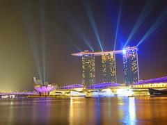 Marina Bay Light Beams (tee19810) Tags: light reflection night speed marina lens hotel bay singapore asia slow trail shutter sands 1024 xf xt1