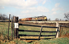 EL, Pavonia, Ohio, 1976 (railphotoart) Tags: eb stillimage pavonia ohio unitedstates