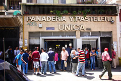 Recorrido Panaderias (2001online) Tags: crisis harina pan panaderia regulado