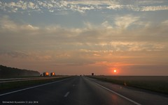 a6 aanrijdend knardijk (raymondklaassen) Tags: sunrise highway flevoland a6 snelweg zonsopkomst