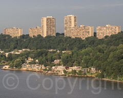 Fort Lee Horizon Apartments and Edgewater Colony on the Hudson River, New Jersey (jag9889) Tags: usa building architecture river newjersey apartment unitedstates unitedstatesofamerica nj aerialview hudsonriver edgewater fortlee waterway gardenstate 2014 northriver bergencounty navigable 07020 zip07020 zip07024 07024 jag9889