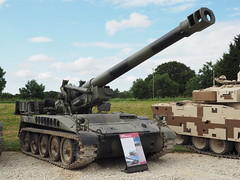 M110A2 (Megashorts) Tags: uk england usa museum outside army us war tank military olympus american armor dorset vehicle british fighting armour armored tankmuseum omd bovington tracked 2014 armoured howitzer em10 m110 bovingtontankmuseum mzd 203mm tankfest m110a2 thetankmuseum bovingtonmuseum tankfest2014 ppdcb4