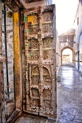 Mosque Door, Taiz, Yemen (Rod Waddington) Tags: door wooden islam tail mosque east historical yemen middle yemeni