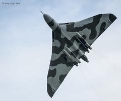 Dunsfold Vulcan 01 (jerry_lake) Tags: airshow vulcan bomber dunsfold xh558 avrovulcan nikon300mm wingswheels 14xteleconverter dunsfoldaerodrome gvlcn