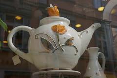 128 vilnius That's my kind of Teapot (histogram_man) Tags: large teapot oldtown lithuania lietuva touristshop
