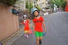 DSC03097 (小賴賴的相簿) Tags: family baby kids zeiss children day sony taiwan childrens taipei 台灣 台北 親子 暑假 木柵 景美 孩子 1680 兒童 文山 a55 anlong77 小賴家 小賴賴的家 小賴賴