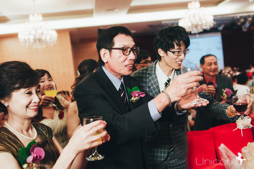 《結婚宴》柏瑋 & 雅萍 婚禮記錄 / 高雄蓮潭國際會館