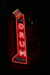 The Drum Room (keith bissett) Tags: light red usa green tourism night contrast us downtown glow state drum unitedstatesofamerica illuminated mo kansascity missouri flourescent citycentre canonslr powerlightdistrict canon100mmlens canonprimelens powerandlightdistrict