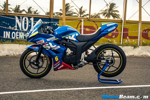 2015-Suzuki-Gixxer-Cup-Bike-09