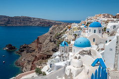 AX2Y9773 (DCphotography_) Tags: santorini destination fira landscape seascape sea sunset beautifull oia firostefani kamari greece greecetravel traveldestination travel thira dhodhekanisos σαντορίνη laivphoto blu theunforgettablepictures blueribbonwinner europe ivan lazzari laiv photo blue church door island white beach clouds sun cyclades wat 2016 2017