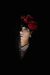Lzaro (Januria Vargas) Tags: shadow roses portrait rose model darkness expression poetic expressive drama rosas portra januriavargas
