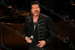 Lionel Richie (B. Marshall) Tags: hello music usa male horizontal nbc tv concert colorado tour singing fireworks photos live performing personality entertainment richie onstage redrocks macys celebrities morrison schedule lionelrichie songwriter 2014 artscultureandentertainment 4thofjulyspecial