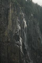Wasserfall - Waterfall des Staubbach ( Bergbach - Bac - Creek ) zwischen O.eschinensee und K.andersteg im Berner Oberland im Kanton Bern in der Schweiz (chrchr_75) Tags: chriguhurnibluemailch christoph hurni schweiz suisse switzerland svizzera suissa swiss kantonbern chrchr chrchr75 chrigu chriguhurni albumwasserfälleimkantonbern albumwasserfällewaterfallsderschweiz wasserfall водопад 瀑布 vandfald waterfall cascade 滝 cascada waterval wodospad vattenfall vodopád slap 1407 juli 2014 juli2014