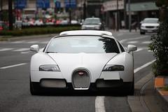 Veyron (#Rtrphotography) Tags: white black sport japan tokyo ground quad exotic bugatti gs w16 veyron