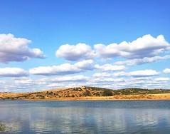 Nubes por la tarde en Sierra Boyera (mabej2014) Tags: rio azul agua samsung paisaje pantano sierra galaxy cielo nubes seco belmez s2 peñarroya secano boyera guadiato