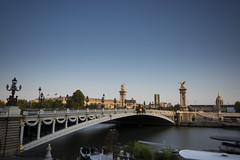 Pont Alexandre III (Czternasty) Tags: longexposure bridge paris seine invalides pont alexandre pontalexandreiii tourmontparnasse longueexposition