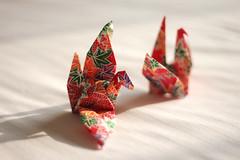(The Big Quack) Tags: canon paper 50mm origami cranes colourful f18 500d