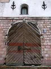 Riga, Lettonie (Marie-Hlne Cingal) Tags: door puerta porta porte tr riga latvija lettonie