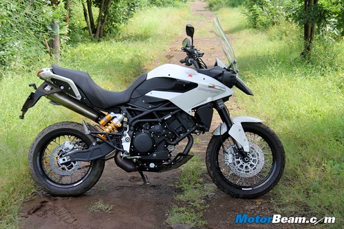 2014-Moto-Morini-Granpasso-30