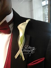 092014Groomsman (elitedesignsbydaphne) Tags: wedding groom bride feathers bridesmaids bouquet centerpiece rosepetals callalily boutonniere sweethearttable