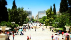 Syntagma Square, Athens (frisch-luft.ch) Tags: city blur architecture miniature athens greece 169 tiltshift canon600d snapseed