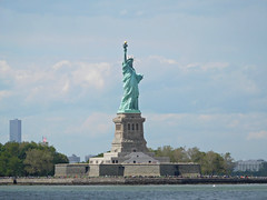 The Statue of Libery (kenjet) Tags: statue liberty ny nyc newyorkcity colossal sculpture harbor newyorkharbor libertyisland island copper torch tablet freedom gustaveeiffel fredericaugustebartholdi neoclassical