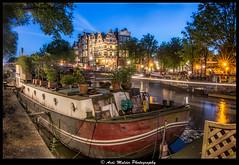 (jazzmatezz) Tags: light netherlands amsterdam stripe grachten gracht brouwersgracht woonboot papiermolensluis