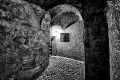L'ancienne prison de Chefchaouen (clmenceLiu ) Tags: africa city bw heritage nikon morocco chefchaoun nikond800
