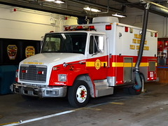 PFD Field Communications Unit 1 (aaronm1123) Tags: philadelphia fire firetruck philly firedept firedepartment pfd freightliner phillyfire philadelphiafire phiadelphiafire firetruckpfd philadelphiafirefiretruck