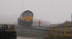 EWS 66008 in the fog at Tata Steel, Skinningrove. (stu105e) Tags: class66 ews