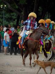 Alfrez (djibril9) Tags: horse dog mxico caballo culture samsung amateur chiapas chiapadecorzo alfrez wb150f