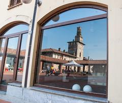 Riflessi (gianmario.zanini) Tags: natura castello lombardia visconteo cusago
