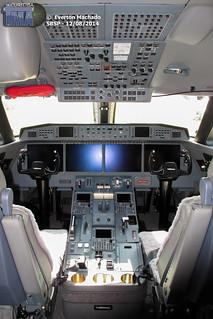 G650 cockpit_1200px