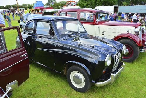Woolpit Steam Rally, Classic Cars,