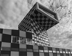 Scheepvaart en Transport College (Rens Timmermans) Tags: canon5dmk3 sigma1224f4556dg architectuur rotterdam blackwhite niksilverefexpro nationalgeographic