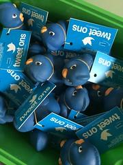 #guerrillamarketing #stunt #twitter #twitterbirds #kabelsenco #fun #nice #lovely #blue #blauwevogeltjes #blauw #marketing #surprise #lokaal #markt #tiel #promotie #promotion #guerrilla #funny #spannend #vogeltjes #vogel #zeldzaam #aktie #leuk #grappig (dennis2die4) Tags: blue promotion fun marketing nice funny blauw surprise lovely markt tiel stunt vogel guerrilla leuk lokaal grappig promotie spannend vogeltjes guerrillamarketing aktie zeldzaam twitter twitterbirds kabelsenco blauwevogeltjes