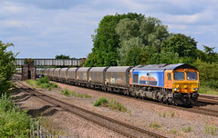 Did The Earth Move For You? (Feversham Media) Tags: yorkshire freighttrains sorrento northyorkshire sheds class66 valeofyork gbrf boltonpercy 66709 mediteshippingcompany