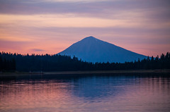 Mt. McLoughlin (Jason Renslow) Tags: sky lake reflection oregon landscape glow mt dusk hyatt glowing campground ashland mcloughlin