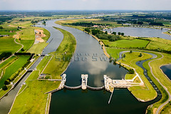 SMS_20140626_1016.jpg (Luchtfotografie SiebeSwart.nl Aerial Photography) Tags: holland netherlands river lock nederland aerialview aerial rivers locks aerialphoto modification barrage birdseyeview improvement sluice luchtfoto sluis weir landschap rivier fishladder waterlevel vogelperspectief sluizen lowerrhine vogelvluchtperspectief rivieren standardization sluizencomplex stuw schutten watermanagement verbetering nederrijn cultuurlandschap waterbeheer schutsluis vistrap waterstand waterspiegel waterpeil vispassage luchtopname eilandvanmaurik waterhuishouding culturelandscape floodcontroldam stuweiland sluiscomplex normalisatie schutsluizen waterwerkenalgemeen waterwerkenrivier sluize verkeerenvervoerscheepvaart nameneigennamen namengeografischkanaalrivierzee visorweir vizierschuif vizierstuw