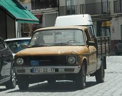 Bedford pickup truck (D70) Tags: portugal truck bedford ut pickup
