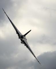 Avro Vulcan (Bernie Condon) Tags: avro vulcan bomber raf vintage preserved xh558 vtts military airshow display flying dunsfold