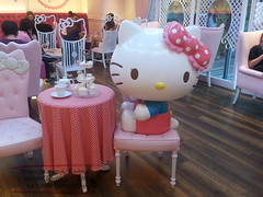 Sanrio Hello Kitty House (i-am-AT-white) Tags: hello house square thailand one cafe bangkok kitty sanrio siam sq1