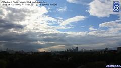 Abziehender Schauer ber der Frankfurter Skyline (Deutscher Wetterdienst (DWD)) Tags: sun webcam frankfurt wolke wolken sonne regen wetter schauer dwd regenschauer wetterdienst